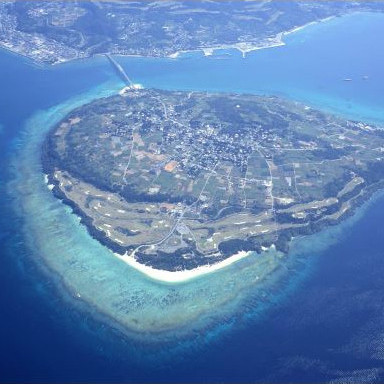 瀬底島大型リゾート2020年開業サムネイル