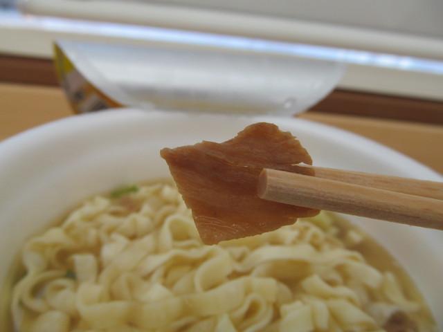 第3回沖縄そば王そば処根夢の緑袋の方の肉