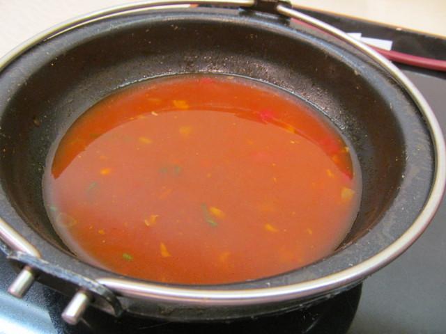 吉野家トマト牛鍋膳の鍋に残った汁