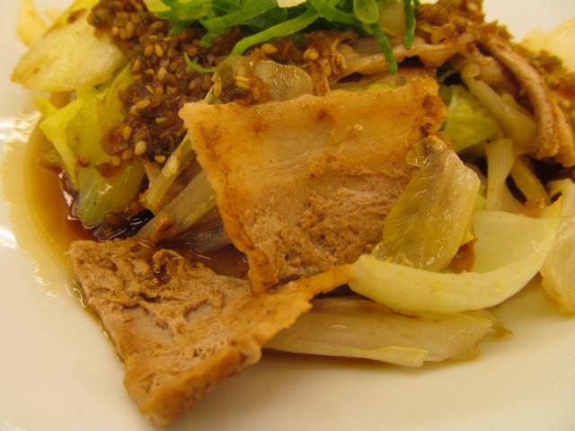 松屋豚肉とたっぷり冬野菜炒めの豚肉