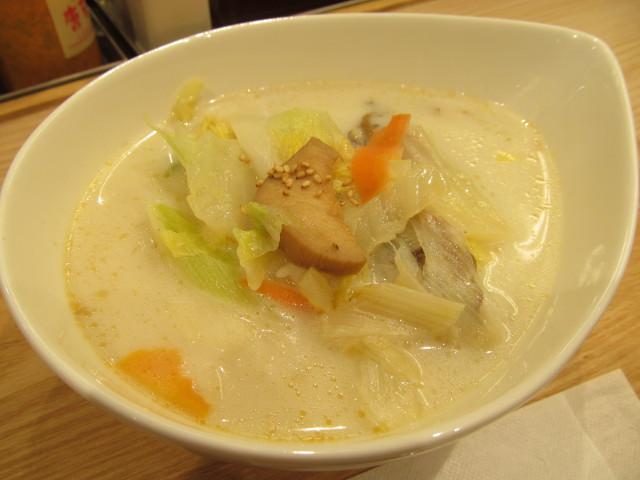 松屋冬野菜ときのこの豆乳だしスープごはん2