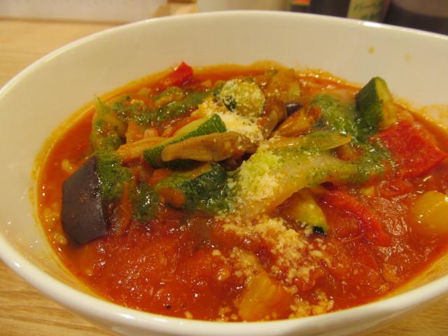 松屋きのこと彩り野菜のトマトスープごはん寄り3