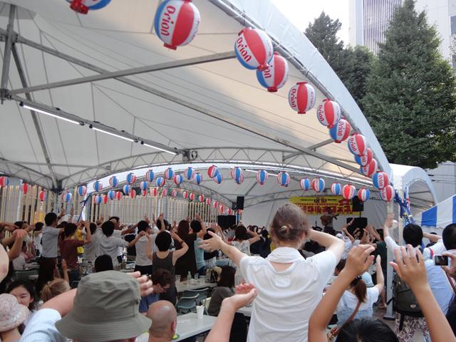 沖縄フードガーデン2016in新宿前年の様子1