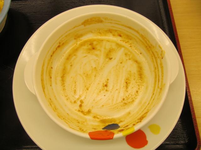 松屋茄子と豆腐と粗挽き肉の四川風麻婆定食の麻婆豆腐とライスを完食