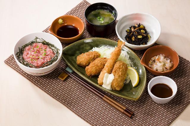 ガスト牡蠣のミックスフライ和膳2016画像