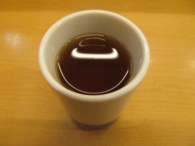 かつやの冷たいお茶20161104