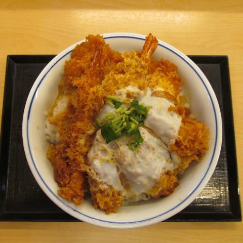 かつや牡蠣フライ海鮮合い盛り丼大盛賞味サムネイル