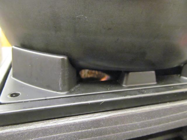 なか卯ビーフシチュー膳のコンロがまだメラメラ1718