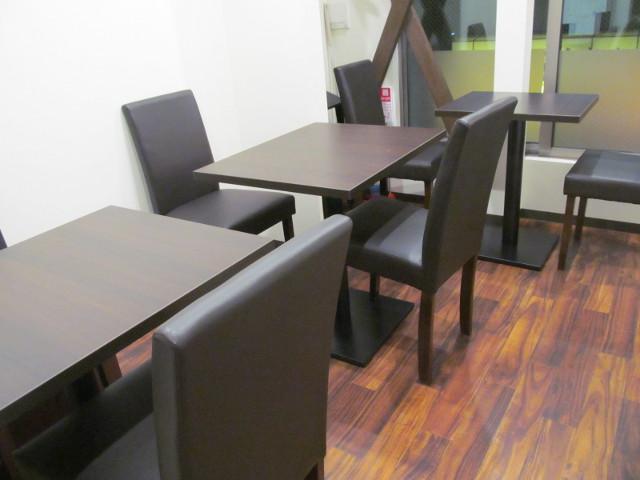 たまりやのテーブル席20161213