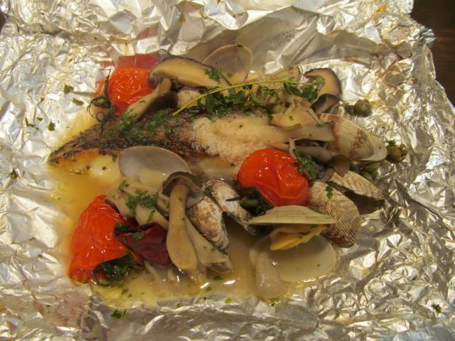 たまりや本日の魚とあさりのホイル包み焼き開封20161213
