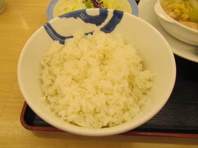 松屋鶏と白菜のクリームシチュー定食の大盛ライス