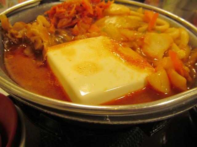 すき家豚チゲ鍋定食の豆腐