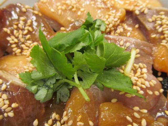 なか卯鰤丼の三つ葉