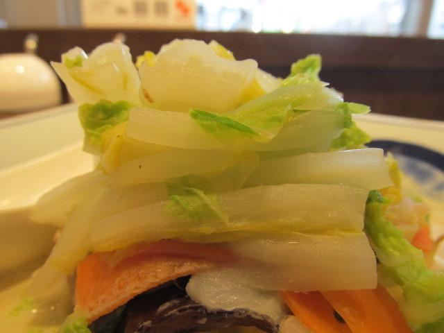 リンガーハット白菜たっぷりちゃんぽんの白菜の山
