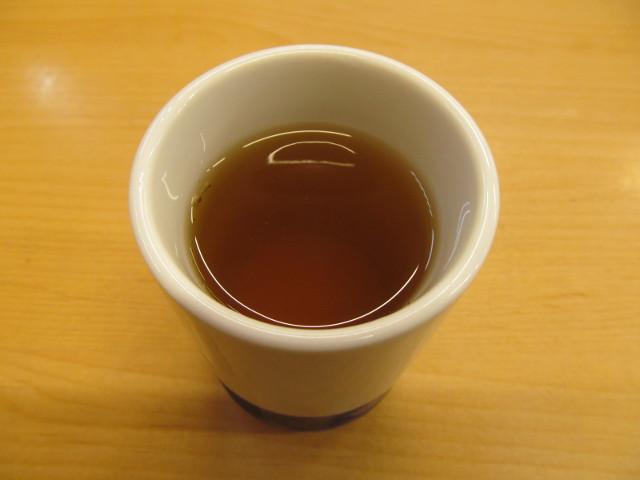 かつやの温かいお茶20170217