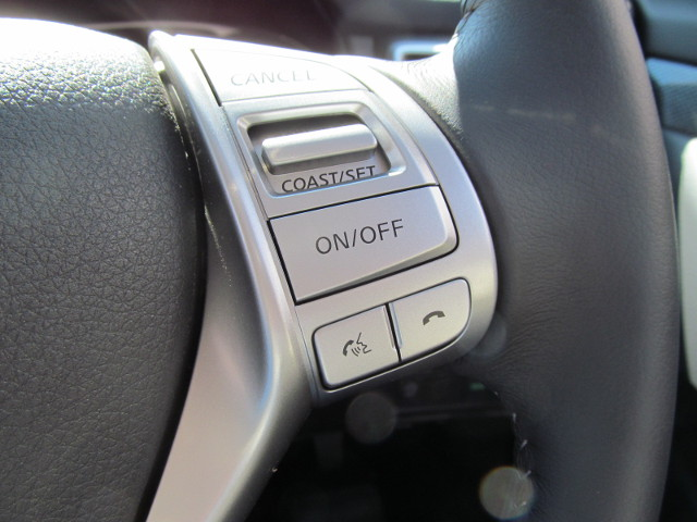 日産エクストレイル20Xttハンドルのボタン20170217