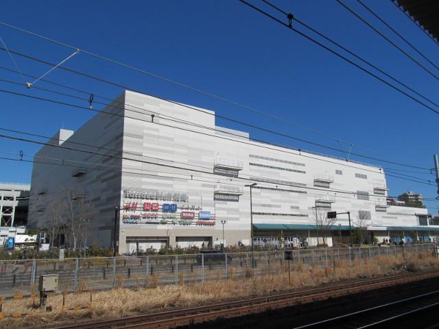 辻堂駅から見たテラスモール湘南20170219