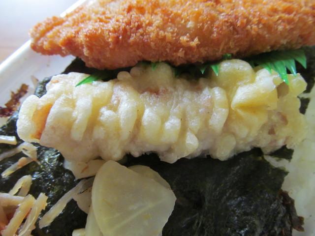 ほっともっと290円のり弁当のちくわの天ぷら