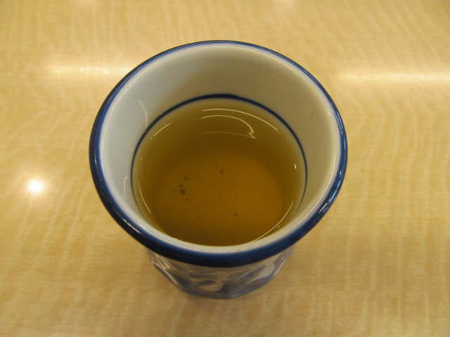 吉野家の温かいお茶20170309