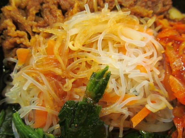 すき家ロカボ牛ビビン麺の春雨サラダ