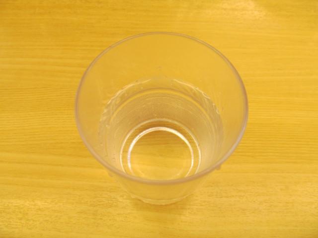 松屋の冷たい水20170425