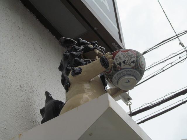 吉野家店外のシーサー2_20170428