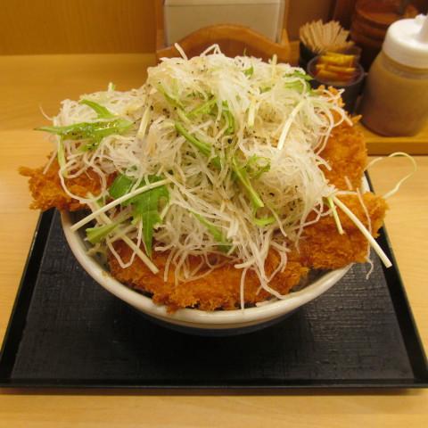 かつやガツ盛り野菜チキンカツ丼大盛賞味サムネイル