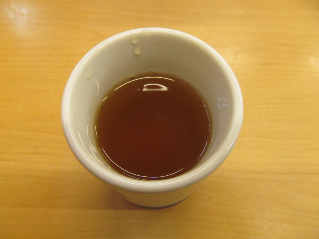 かつやの冷たいお茶20170421