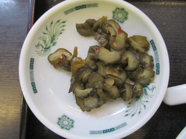 日高屋モツ野菜スタミナ炒め定食の漬物