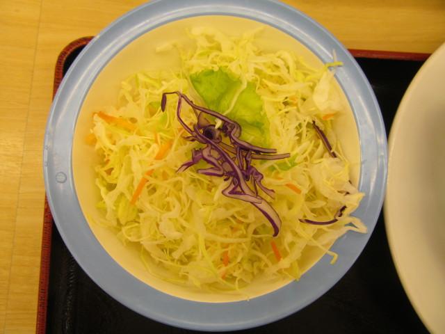 松屋鶏の甘辛味噌定食2017の生野菜