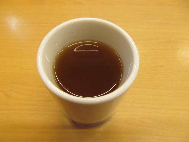 かつやの冷たいお茶20170526