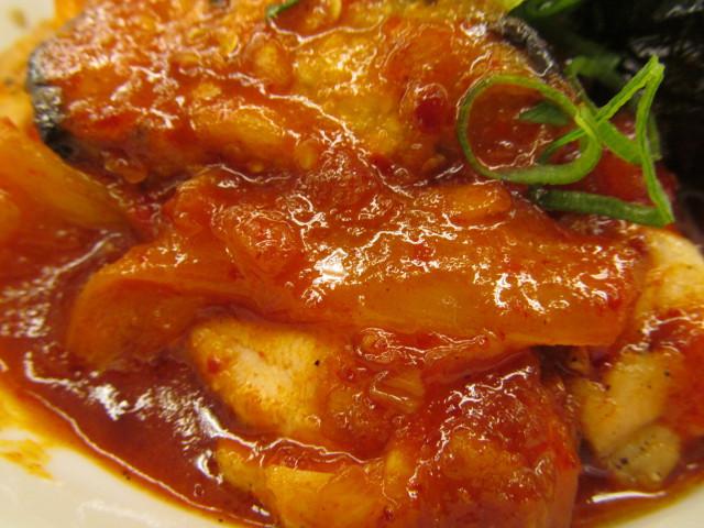 松屋鶏の甘辛味噌定食2017の玉ねぎ