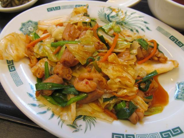 日高屋モツ野菜スタミナ炒め定食のメインナナメ