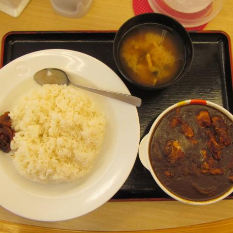 松屋ごろごろ煮込みチキンカレー2017大盛賞味サムネイル