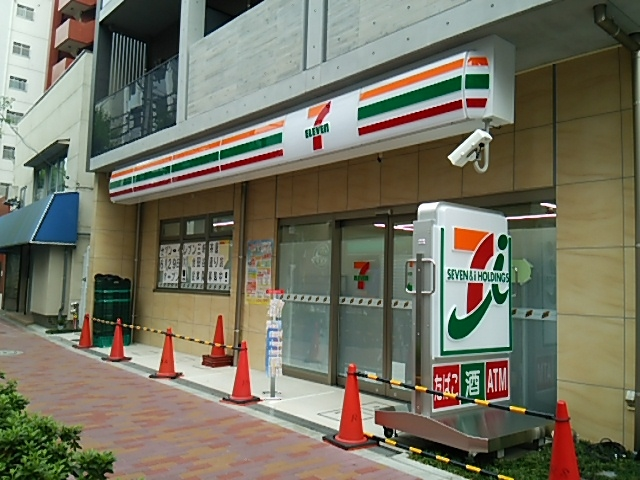 seven_eleven_sss_open_anotherphoto_20170629_003