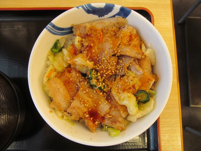 matsuya_salt_cabbage_pork_bowl_20170714_016