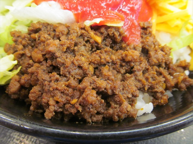 yoshinoya_okinawa_taco_rice_20170706_018
