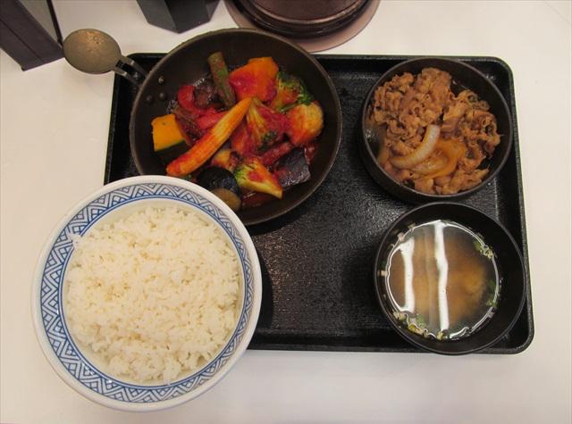 yoshinoya_vege_gyu_set_meal_20170706_008