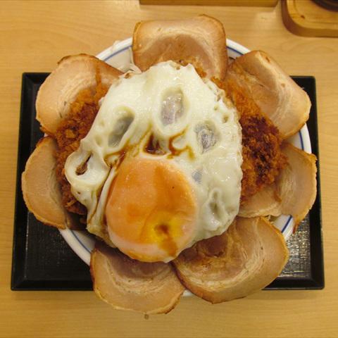 かつや増し増しチャーシューエッグチキンカツ丼大盛賞味サムネイル