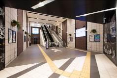 イオンモール神戸南中央市場前駅連絡通路写真20170920