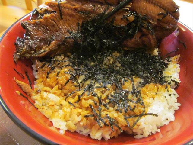 sukiya_pacific_saury_kabayaki_bowl_20170906_036