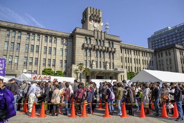 京都肉祭2017行列する人たち20171014