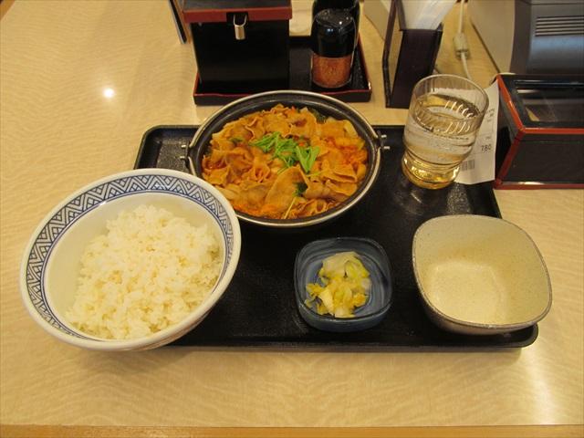 yoshinoya_onikara_butachige_nabezen_20171101_023