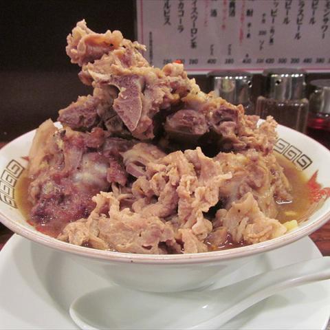 富士山食堂世田谷上町店骨肉山麺大盛2017賞味サムネイル