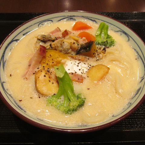 丸亀製麺クラムチャウダーうどん大2018賞味サムネイル