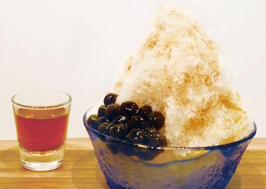 餃子フェスOSAKA2018GW_FoodBoatcafe_タピオカ入り紅茶雪氷20180404