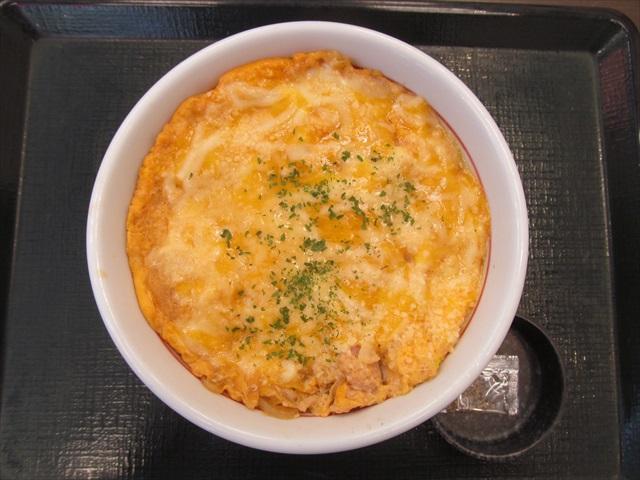 nakau_oyakodon_with_4_cheeses_20180802_053