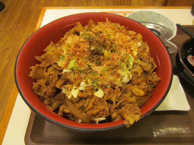 sukiya_okonomi_gyutamadon_20181017_048