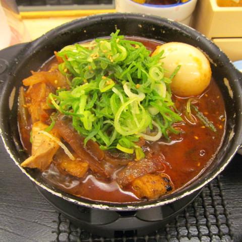 松屋鶏と玉子の味噌煮込み鍋膳2019大盛賞味サムネイル480調整後