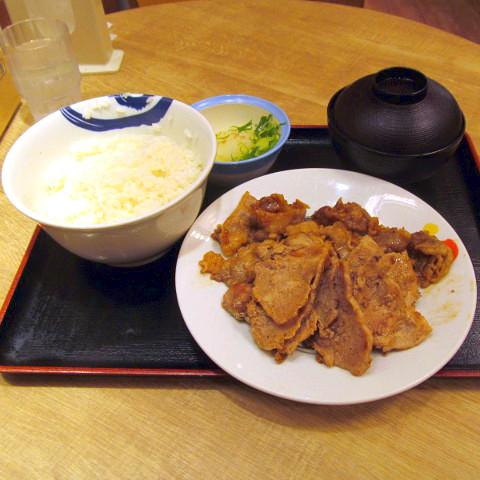 松屋豚焼肉と牛カルビの鉄板コンビセット2019大盛賞味サムネイル480調整後